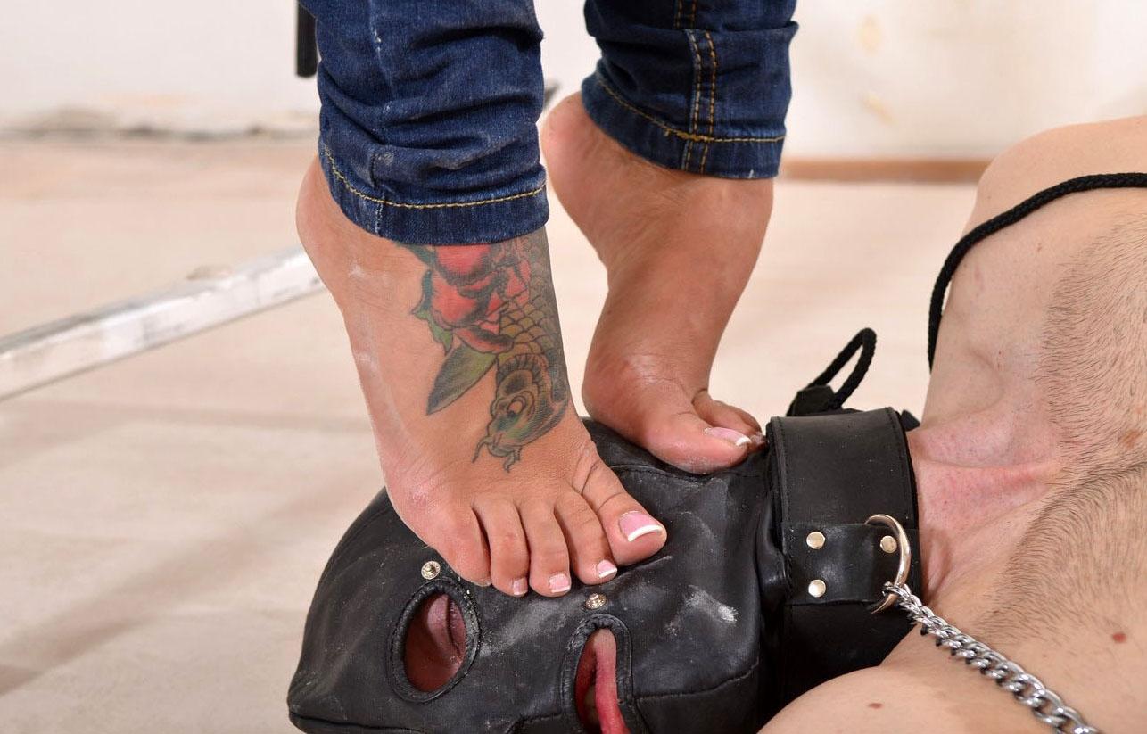 high heel face trample