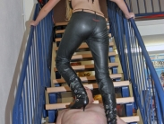 trampling-in-boots-06